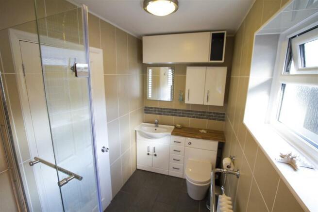 04_no14_hermitage_bathroom.jpg