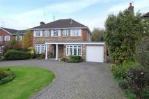 Detached house in Heathside Road, Moor Park