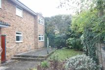 2 bedroom Maisonette in Field End Road, Eastcote