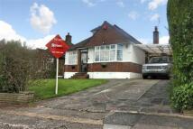 2 bedroom Detached Bungalow to rent in The Glen, Eastcote...