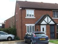 2 bed End of Terrace house in Tawny Close, Feltham...