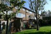 Apartment in Huntsmans Close, Feltham...
