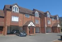 Studio apartment to rent in Hatton Road, Bedfont...