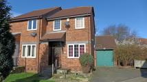 3 bedroom End of Terrace house in Derwent Close, Bedfont...