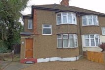 1 bedroom Maisonette in River Gardens, Feltham...