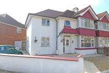 4 bedroom semi detached house in LAFONE AVENUE, Feltham...
