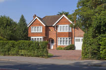 3 bed Detached home for sale in Shinfield Road, Reading...