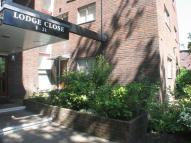 1 bedroom Flat to rent in Lodge Close...