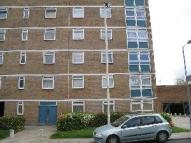 2 bedroom Flat in Parkside House...