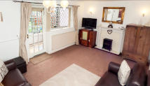 3 bedroom Town House for sale in Mason Avenue, Aston...