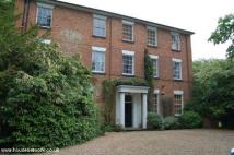 3 bed Apartment in Flat 6 / Apt F...