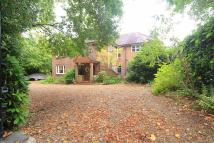 4 bed Detached property in Grange Road, Horsell...