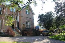 5 bed Character Property in Aymestrey Court...