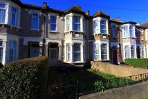 4 bed Terraced house in Westwood Road, Ilford...