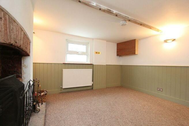 Lounge/ Bedroom 3