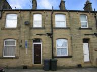 property to rent in Briggs Street, Queensbury, Bradford, West Yorkshire