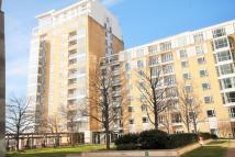 2 bed Apartment in Belgrave Court Canary...