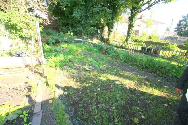 Flat 53 Sandlig Road - Garden.JPG