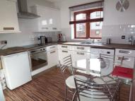 Flat to rent in 66 Russell Street, 2 Bed...