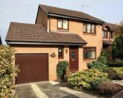 Detached home in 44 Hillside, 3 Bed, P.F.