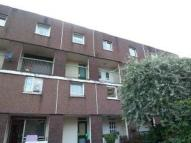 3 bed Maisonette in 37 Millford Drive, 3 Bed...
