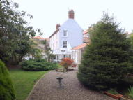 4 bed Town House in Ravensdowne...