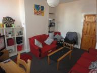 2 bedroom Terraced property in Thornton Road...
