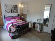4 bedroom semi detached property to rent in Ladybarn Lane...