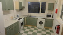 4 bedroom Terraced house in Broadfield Road...