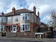 4 bed semi detached house in Hereford Road, Wanstead
