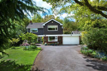 4 bedroom Detached property for sale in Tudor Hill...