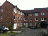Flat to rent in Tudor Court...