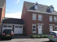 3 bed semi detached house in Broomhill Road