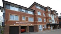 2 bed Flat in Swanbrook Court...