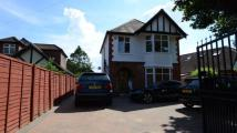 3 bed Detached house for sale in Bath Road, Taplow...