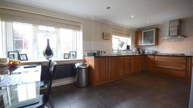Kitchen 1C