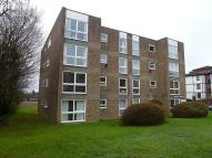 2 bed Flat to rent in Cromarty Court, Bromley