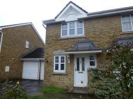 2 bed property to rent in Woldham Road, Bromley