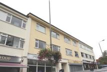 Flat to rent in Petts Wood Road...
