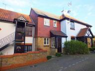 2 bed property in Loire Mews, Harpenden...