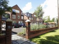 Flat in Wilmslow Road, Handforth...