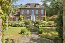 5 bed Detached house in Crossley Park...