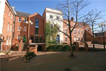 3 bed new Flat in Heritage Court...