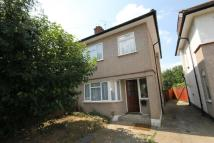 3 bed semi detached home to rent in Bradenham Road, Hayes...