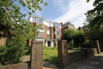 1 bedroom Ground Flat in Mount Avenue, London...