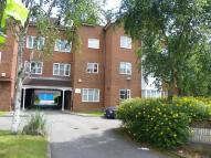 Flat to rent in Station Road, Harrow, HA1