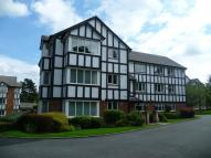 2 bed Flat to rent in Schools Hill, Cheadle...