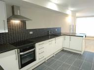 2 bed Apartment in Railway Street...