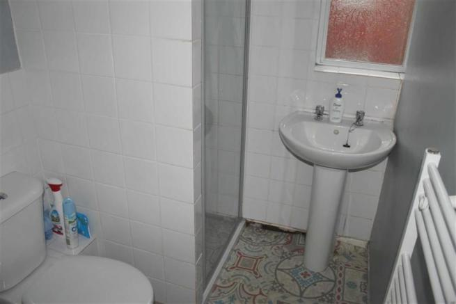 Shower/w.c. Combined