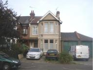 Flat in Ilfracombe Road...